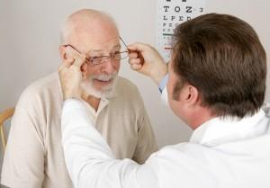 בדיקת עיניים למבוגר