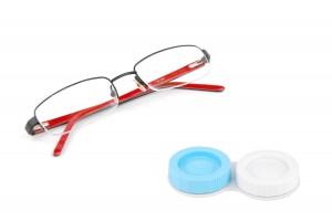 משקפיים ועדשות